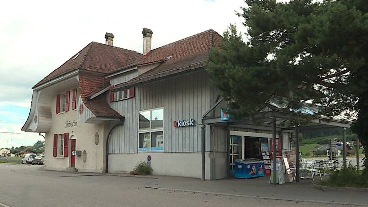 Der Bahnhof-Kiosk nach dem Überfall.