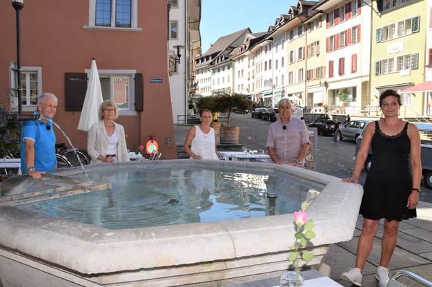 Monika Bingisser (2. v. l.) mit den Gästen (von links): Hermann aus Klingnau, Rahel aus Hornussen, Peter aus Bad Zurzach und Samantha aus Rheinfelden.