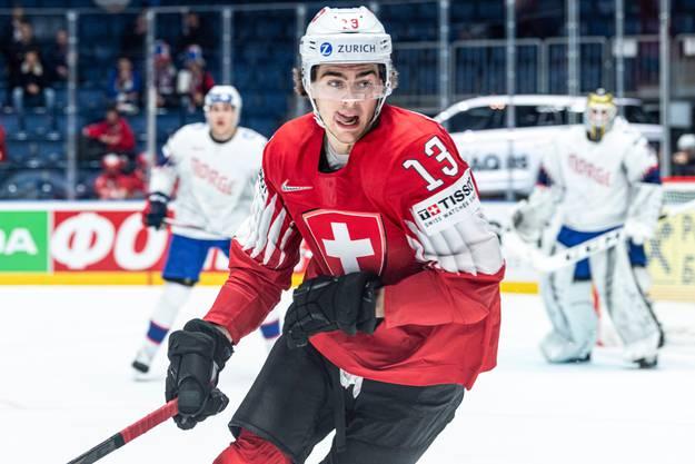 Bilder von der letzten WM: Auf dem Eis ist der NHL-Star Hischier schon lange nicht gestanden.