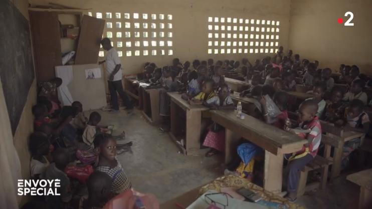 Blick ins Klassenzimmer.