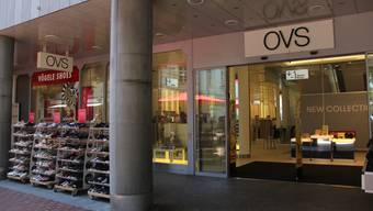 Der OVS-Laden ist weg, der Schriftzug noch da und die Nachfolge nicht in Sicht.
