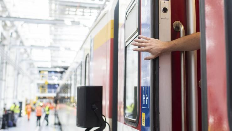 Nach einem tödlichen Unfall muss die SBB gewährleisten, dass die Zugtüren richtig funktionieren.