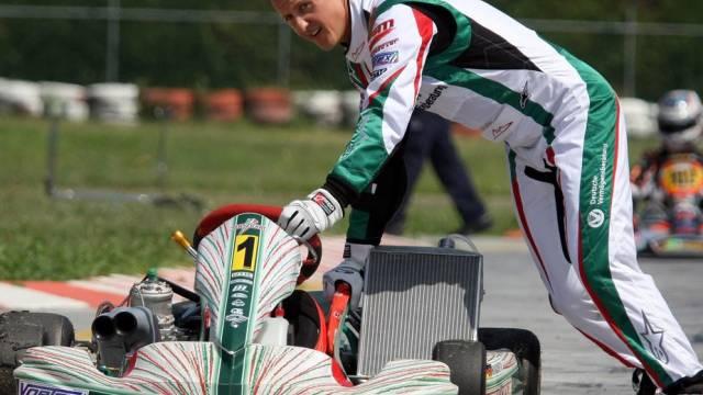 Michael Schumacher  als Kart-Pilot im Einsatz. So begann vor vielen Jahren seine Karriere im Motorsport.