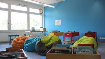 Bei den Schülern ist die neue Bibliothek mit den Siitzsäcken der Renner