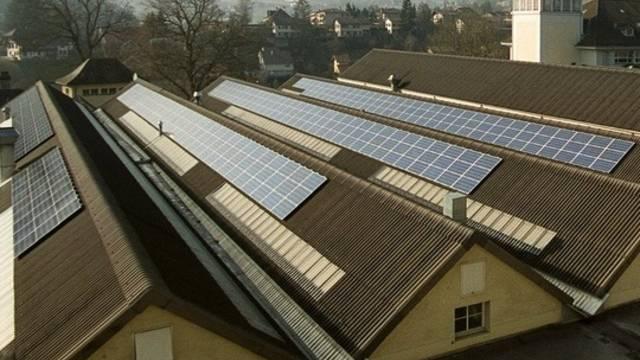 Die Förderung von Solaranlagen ist von Kanton zu Kanton verschieden (Archiv)