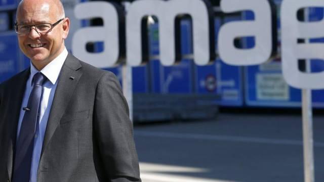 Amag-Chef Morten Hannesbo 2013 vor dem neuen Logo in Luzern