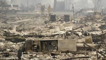 Überresten eines Hauses nach dem Durchzug der Feuerwalze im kalifornischen Middletown