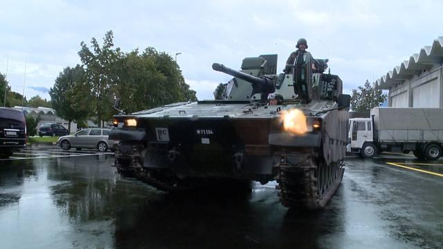 Armee-Spesen: Mit dem Helikopter zum Golf
