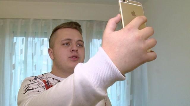 Junger Schweizer feiert Erfolg als Internet-Star
