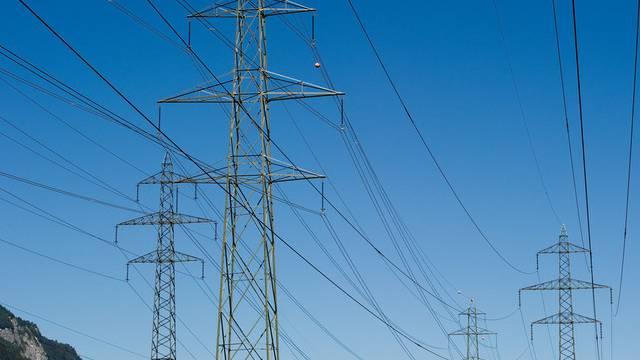 Der Bundesrat rechnet mit 18 Milliarden Franken für den Ausbau des Schweizer Stromnetzes (Symbolbild)