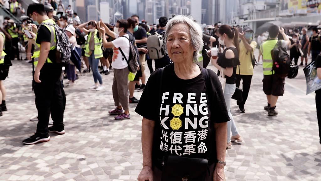 Britischer Premier bietet Hongkongern persönlich die Einbürgerung an