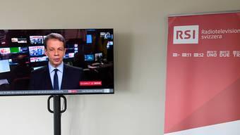 Eine Mehrheit von 62 Prozent würde nach der Ablehnung der No-Billag-Initiative eine Radio- und Fernsehgebühr von 200 Franken klar oder eher befürworten, wie die am Dienstag veröffentlichte Tamedia-Nachbefragung zeigt.