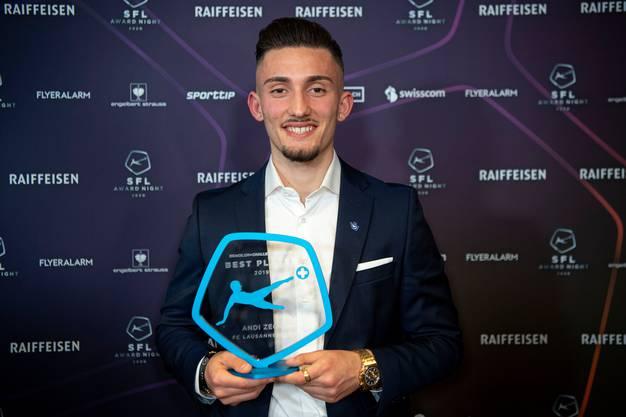 Andi Zeqiri wurde an der SFL-Award-Night zum besten Spieler der Challenge League ausgezeichnet.