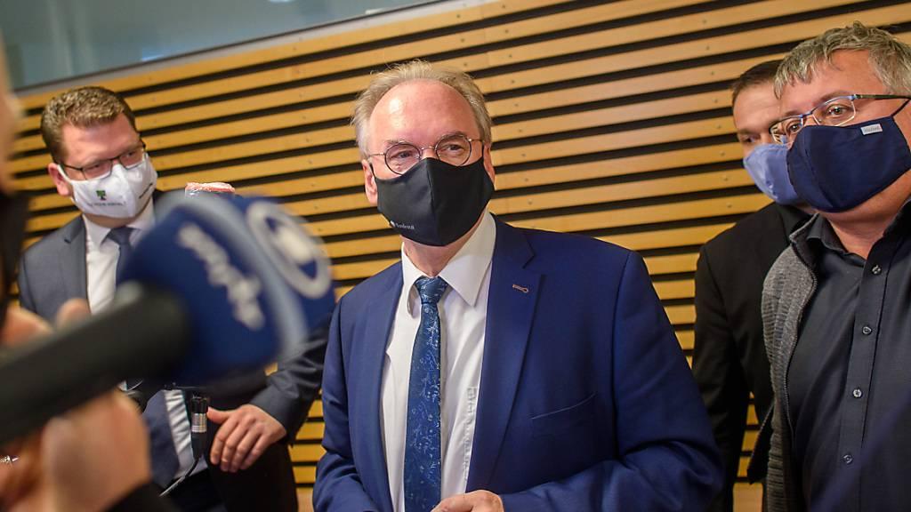 Reiner Haseloff (M, CDU), Ministerpräsident des Landes Sachsen-Anhalt hat die Beschlussvorlage zum Rundfunkstaatsvertrag zurückgezogen. Foto: Klaus-Dietmar Gabbert/dpa-Zentralbild/Zb