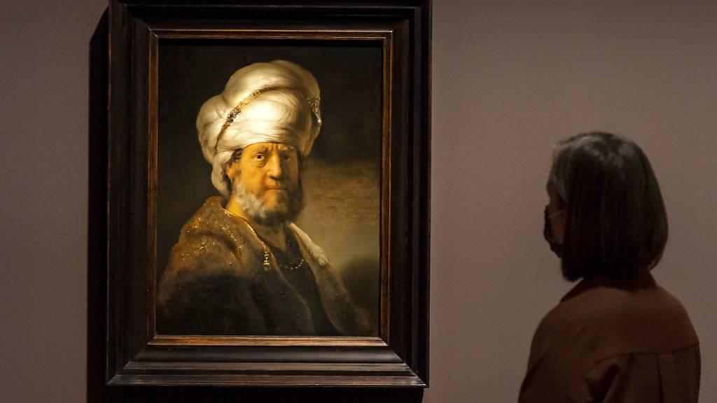 Der orientalische Turban als importierte Ikone des Prunks