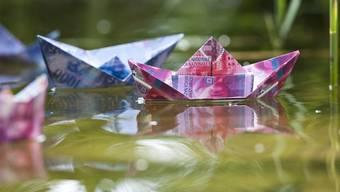 Geld versenkt?: Nach der Steuersenkung könnte Riehen in die roten Zahlen rutschen.