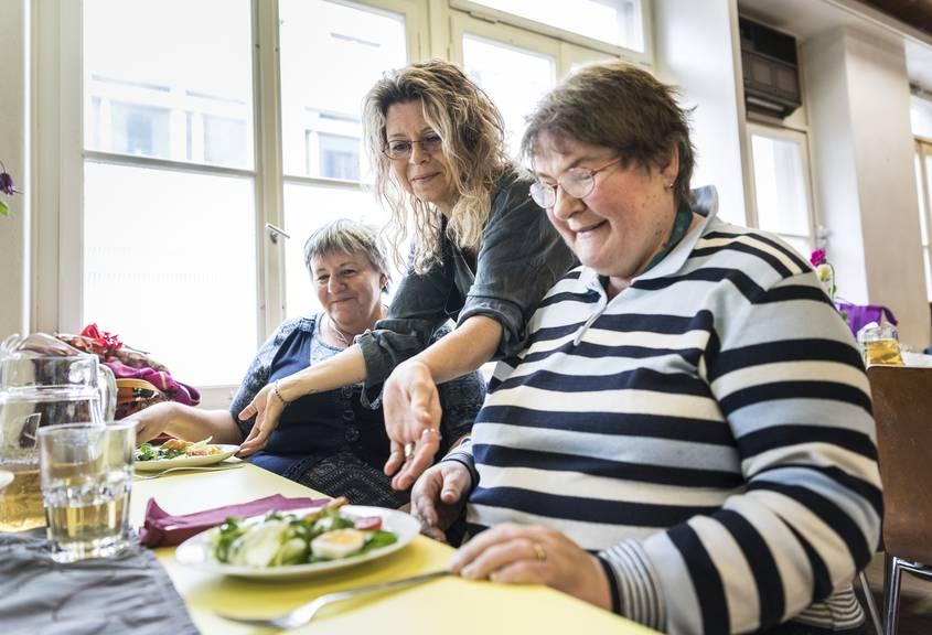 Letztes Jahr konnte in der Gassenküche Frauenfeld Weihnachten mit 60 Personen gefeiert werden.