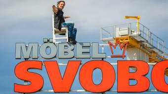 Im Gegensatz zum Bild wird Nock beim Weltrekordversuch auf einem Seil balancieren.