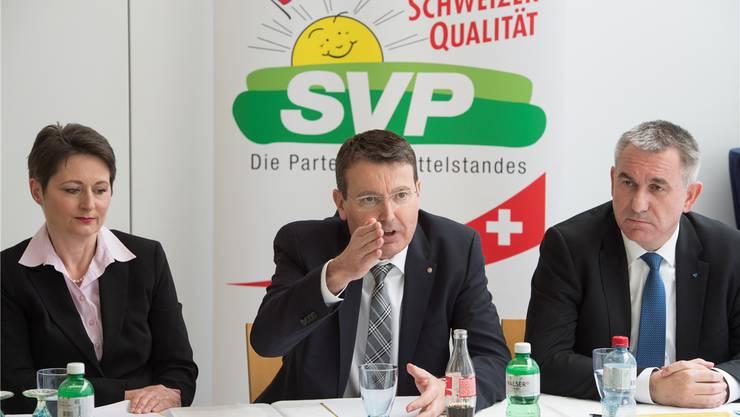 Juli 2016: Da beginnt ihr Wahlkampf offiziell: SVP-Aargau-Präsident Thomas Burgherr bei der Vorstellung der SVP-Regierungsratskandidatin Franziska Roth.