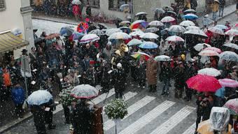 Eröffnungsfeier im Schneegestöber Az-Archiv/Rolf Jenni