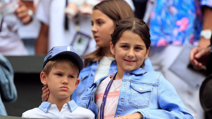 Roger Federer geniesst die Zeit neben dem Platz mit der Familie.