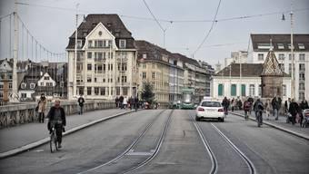 Neues Feeling: Die Strasse wird schmaler, die Trottoirs werden breiter, die Gleise werden erneuert.