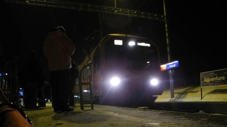 Fahrt ins Schlittelabenteuer: Abfahrt bei der S10-Haltestelle Triemli.