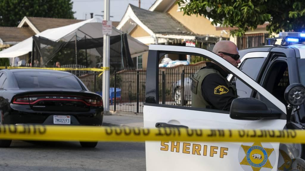 Polizei: Drei Kinder tot in Haus in East Los Angeles aufgefunden