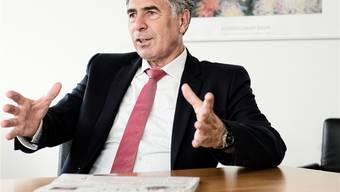 Christoph Eymann wollte mehr Mittel für die Digitalisierung im Bildungsbereich und schon kündigt Wirtschaftsminister Schneider-Ammann eine passende Offensive an.