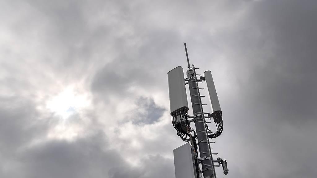 In Kriens wird der Stadtrat künftig wieder über adaptive 5G-Antennen entscheiden. (Symbolbild)