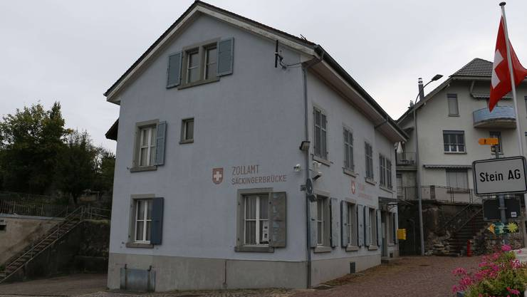 Das alte Zollhaus in Stein befindet sich seit 2009 in Besitz der Gemeinde und ist schon seit Jahren ungenutzt.