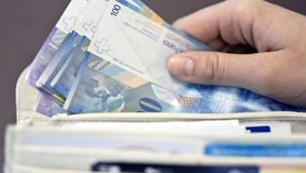 Sie reichten mehrere Scheinversicherungen ein, um dann die jeweiligen Provisionen einzukassieren. (Symbolbild)