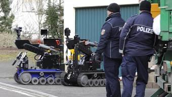 Auch Sprengstoffroboter in Becherbach im Einsatz