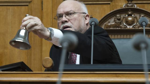 Nationalratspraäsident Lustenberger läutet die Frühlingssession ein