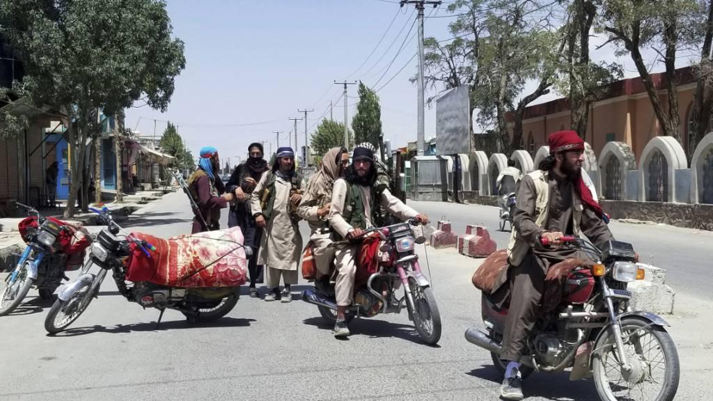 15. Provinzhauptstadt in Afghanistan von Taliban erobert