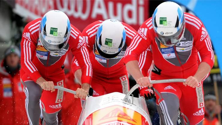 Volle Kraft Richtung Sotschi: Rico Peter (rechts) und sein Team.