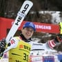 Matthias Mayer freut sich im Zielraum in Wengen über seinen ersten Weltcupsieg in der Kombination