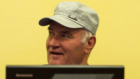 Ratko Mladic vor dem Haager Tribunal