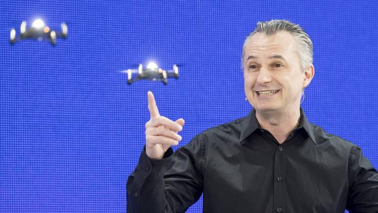 Drohnenkünstler Marco Tempest am Digitaltag in Zürich.
