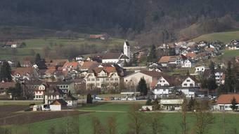 Laupersdorf diskutiert die Frage, ob im Gemeinderat das Ressortsystem eingeführt werden soll.