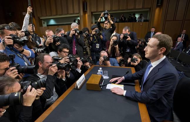Facebook-Chef Mark Zuckerberg musste vor dem US-Kongress antraben.