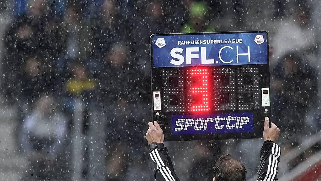Die Nachspielzeit kompensiert nie die verlorene Spielzeit während einer Partie.