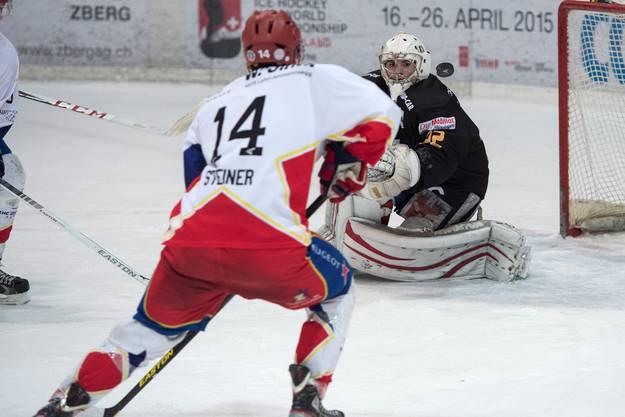 Zuchwils Fabian Steiner (rechts) in erfolgsversprechender Position.