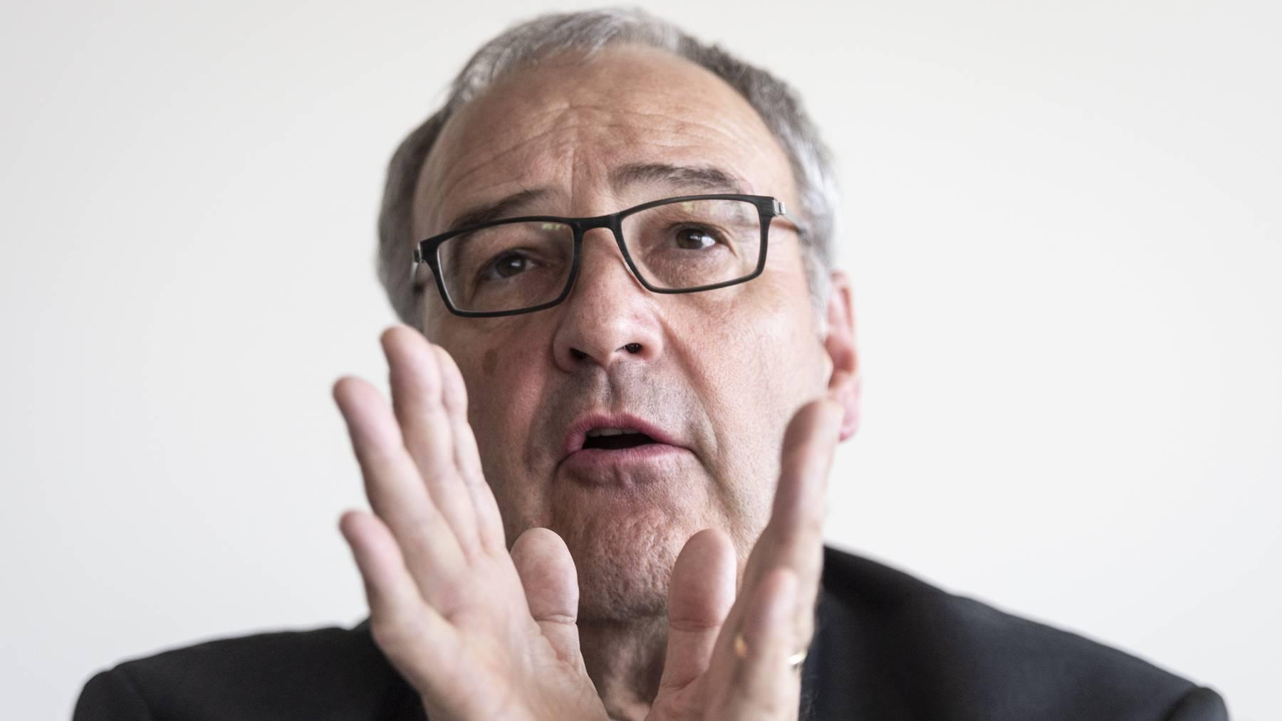 Wirtschaftsminister Guy Parmelin möchte die Härtefallregelung früher als geplant einführen.