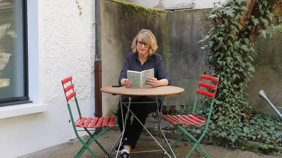 «Zwischen den Seiten ein Brusthaar, er musste es verloren haben»: Sybil Schreiber über eine Bibliothekarin, die Bücher streichelt
