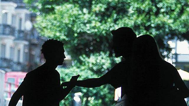 Die vier Jugendlichen verprügelten und raubten Freier aus. (Symbolbild)