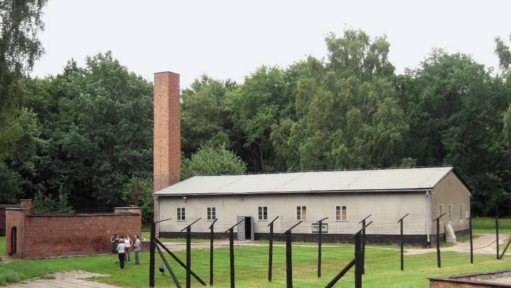 KZ Stutthof Gaskammer: (Gebäude links), Krematorium (rechts)