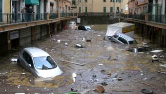 Das Wasser hat Teile Genuas überflutet