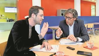 Während SP-Kantonsrat Daurù gegen die Umwandlung des KSW und der IPW kämpft, findet FDP-Gesundheitsdirektor Thomas Heiniger die Vorlage vernünftig.