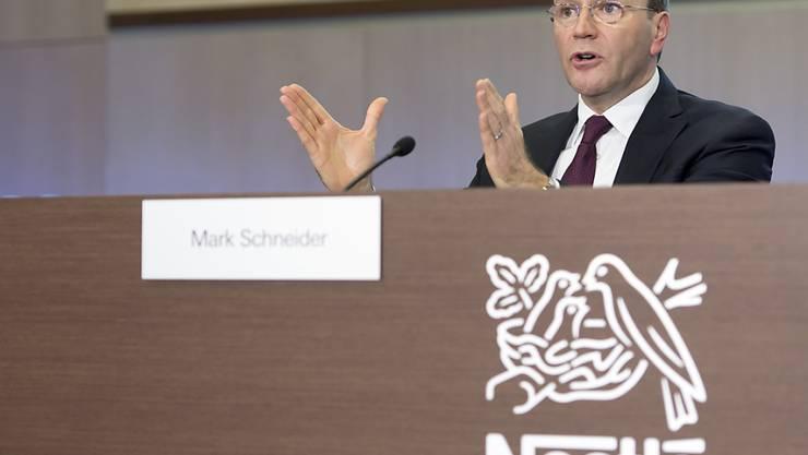 Nestlé-Chef Mark Schneider hat für das Geschäftsjahr 2018 eine Salär von 9 Millionen Franken erhalten. Im Vorjahr 2017 hatte Schneider in seinem ersten Amtsjahr 7,45 Millionen bekommen. (Archiv)